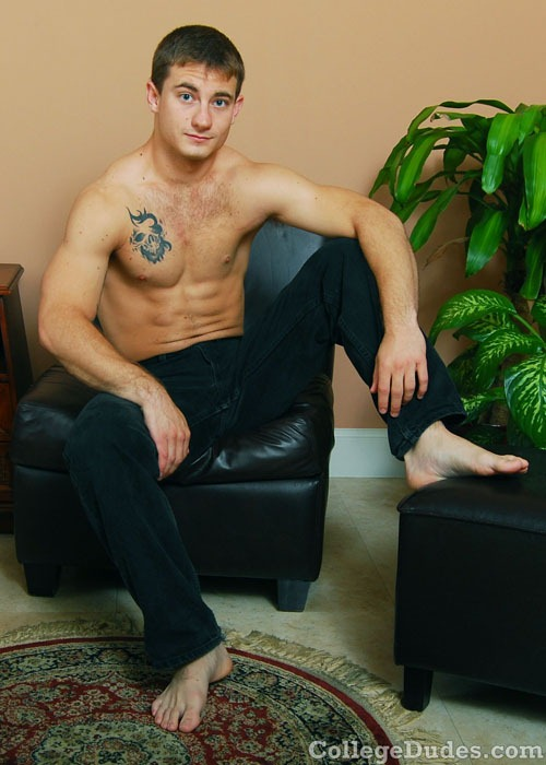 eddie-blake-and-his-dildo-002a