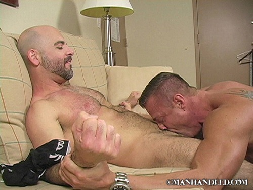 ManHandled_ManHandled_TSAR_009