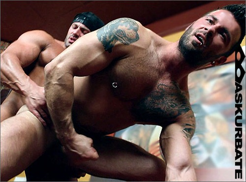 Hot Straight Men Getting Dirty