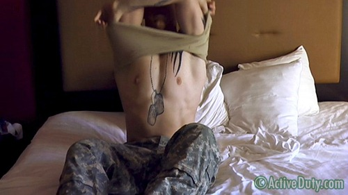 gay-military-porn-19