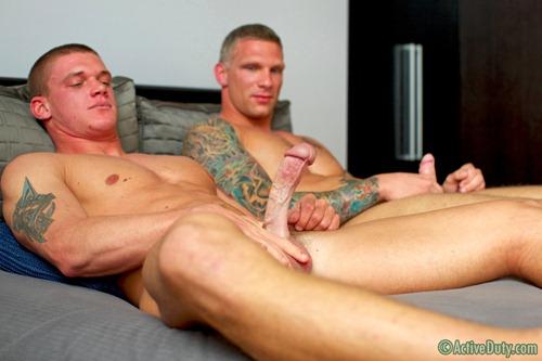 porn-army-gay-05