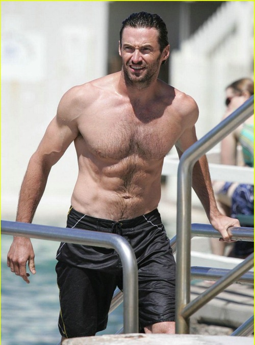 hugh-jackman-six-pack-stomach-03