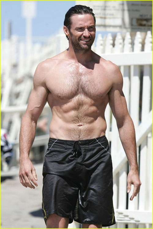 hugh-jackman-six-pack-stomach-10
