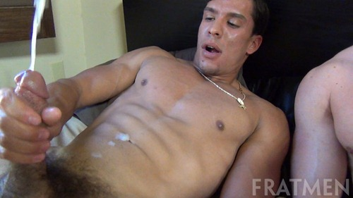 fratmensucks-jaydenrico-009-s-screencaps