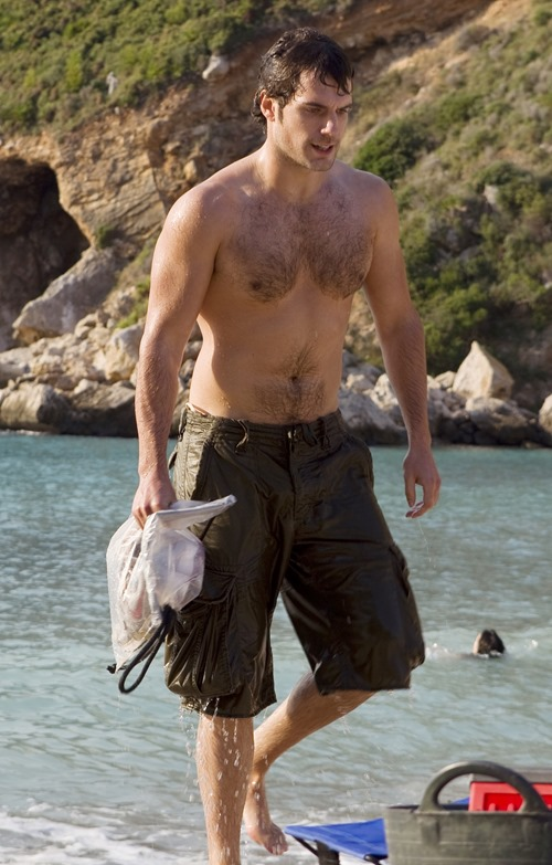 henry_cavill_beach