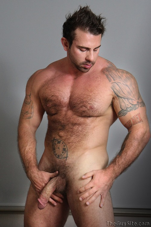 muscled tattoo stud jerking off