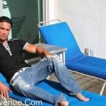 Manavenue – Muscle God Jorge Alvarez Shows Off