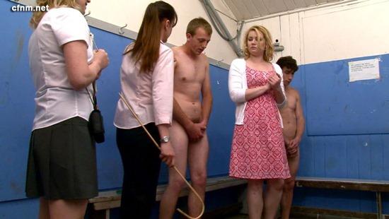 Girls inspecting cock