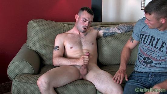 porn-army-gay-16