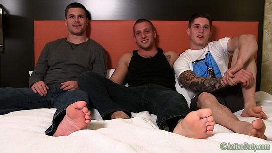 porn-army-gay-06