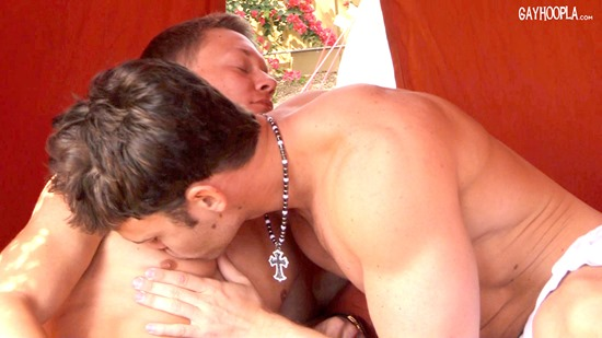 gayhoopla-jasonkeys-bj-05
