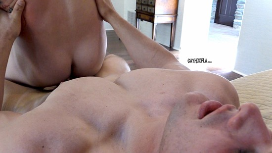 gayhoopla-max-summerfield-jeff-niels-8