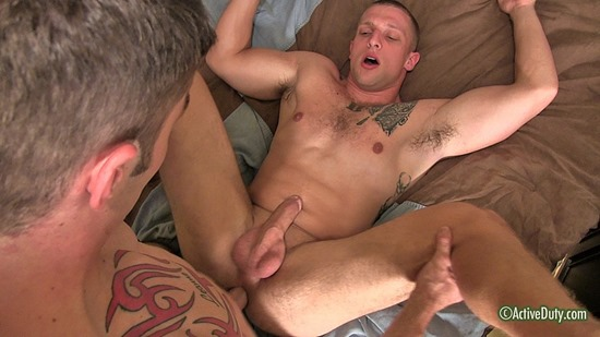 gay-military-porn-078