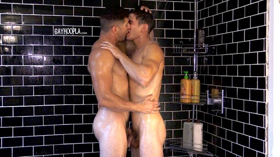 gayhoopla-zach-douglas-max-summerfield-03