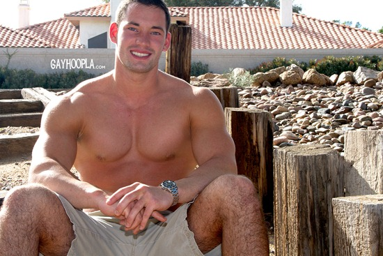 gayhoopla-ryan-winter-03