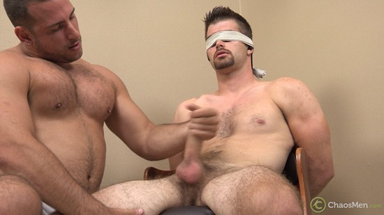 1671_chaosmen_armani_bentley_edge_camcaps_029