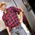 Sexy Hung Cowboy Mike Shows Off His Ripped Body & Fucks Fleshjack