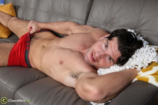 1803_chaosmen_oliver_king_solo_hires_027