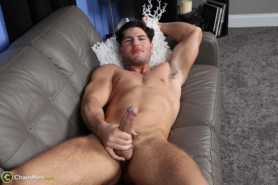 1803_chaosmen_oliver_king_solo_hires_035