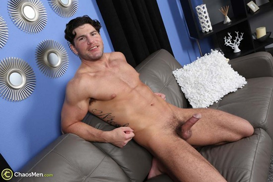 1803_chaosmen_oliver_king_solo_hires_049