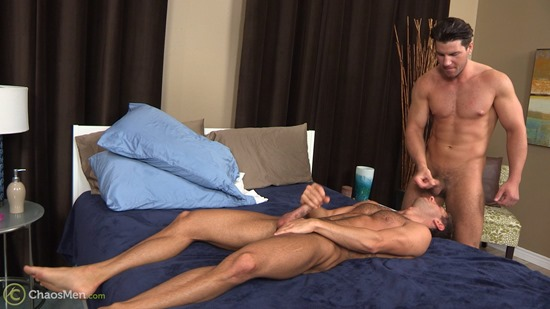 1804_chaosmen_oliver_king_sean_peyton_serviced_camcaps_071