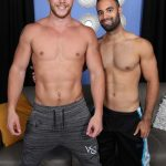 Ripped Athletic Dudes Ashton McKay & Lorenzo Exchange Passionate Blowjobs
