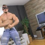 Big Muscled Stud Tyson Fucks Fleshjack With His Massive Thick Cock