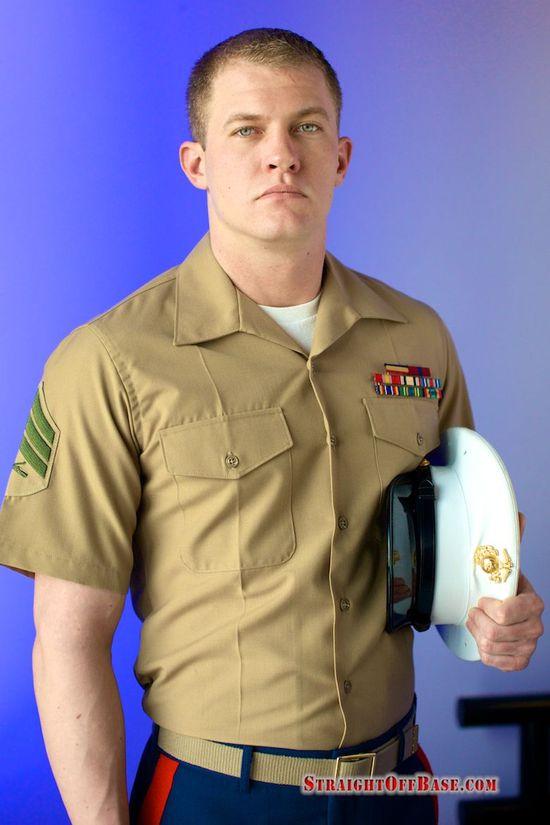 Military Man Gets Jizzed
